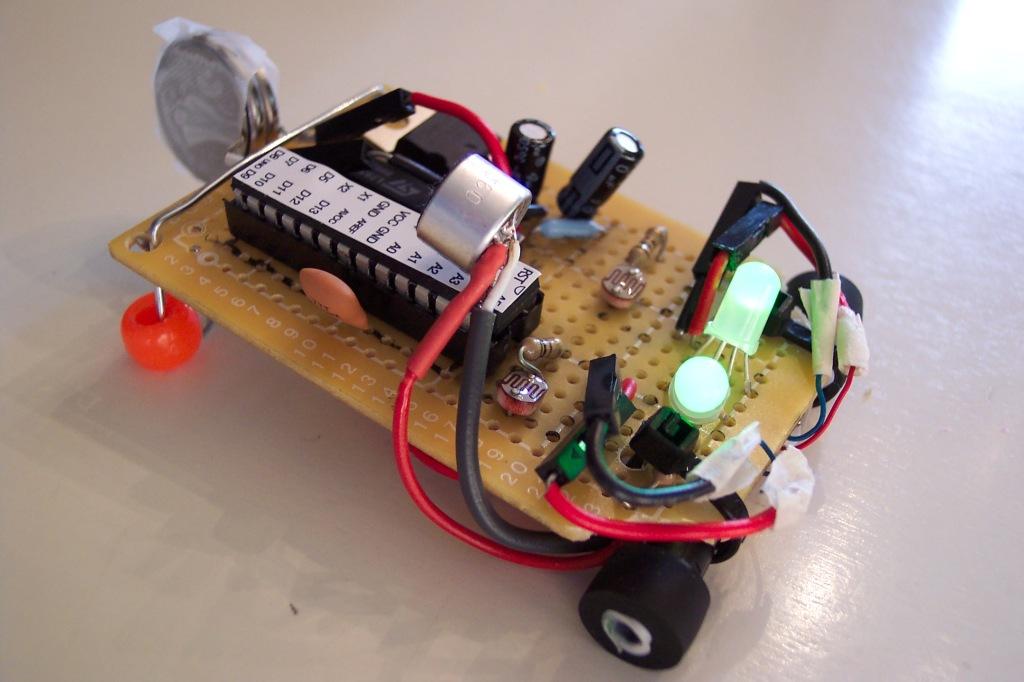 Altoid Robot